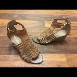 Pre-owned Franco Sarto women's heel sandals size 8